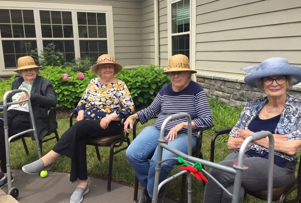 Morning Pointe Gardening Club Reconnects Residents with Old Favorite Hobby