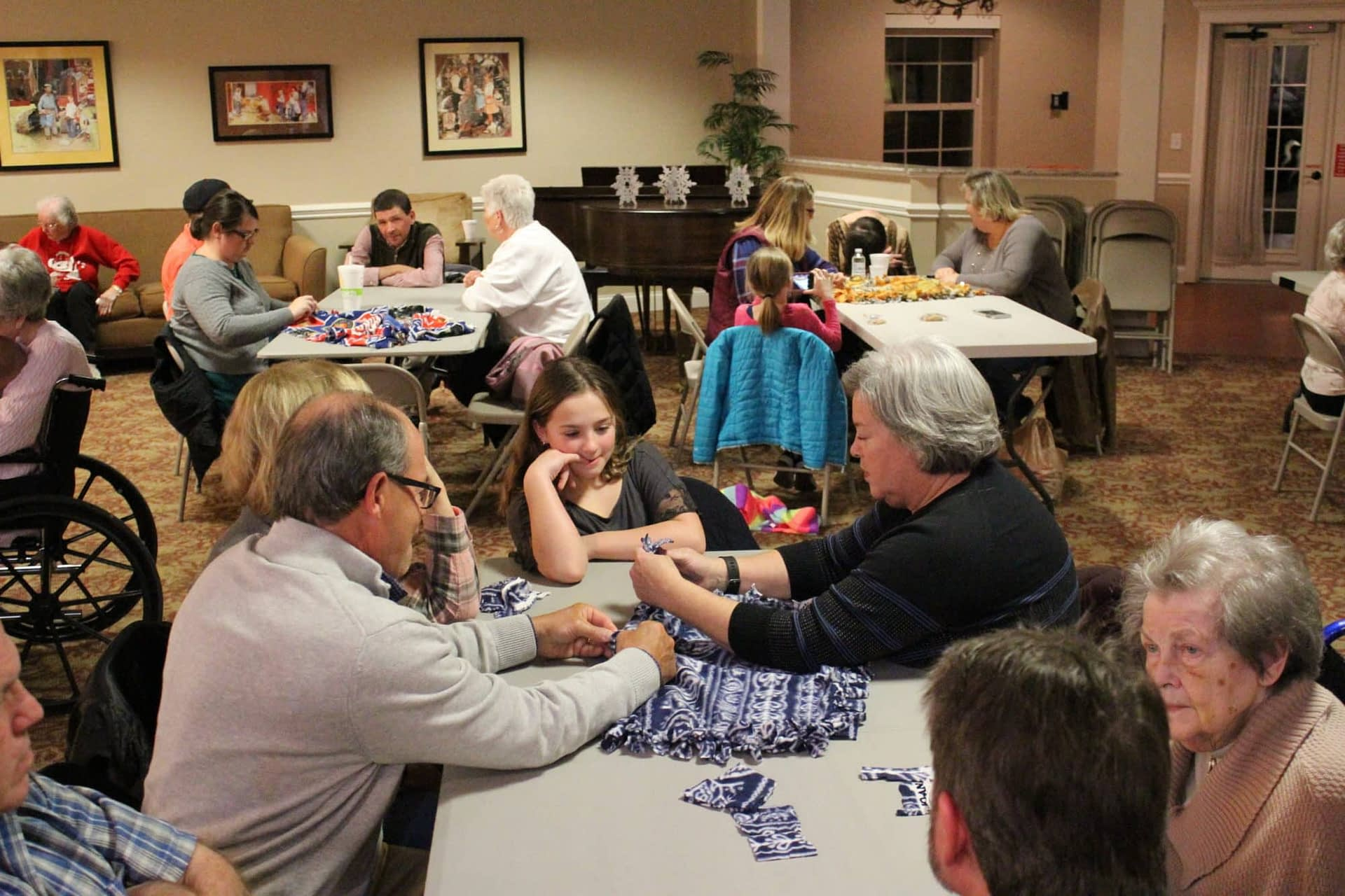 Morning Pointe Residents Families Make Blankets For Franklin Co Humane Society Morning