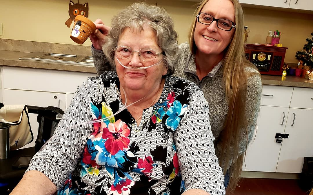 Morning Pointe Volunteers Brightens Residents' Day