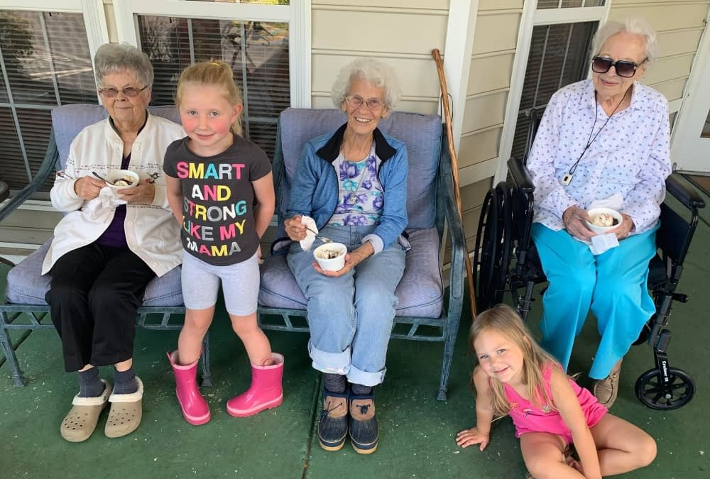 Local Girl Uses Lemonade Stand Profits to Buy Ice Cream for Morning Pointe Residents