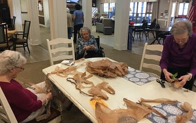 Morning Pointe Seniors Get Crafty with Community Service