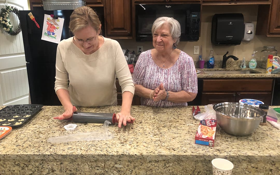 Weekly Volunteer Leads Holiday Baking at Morning Pointe