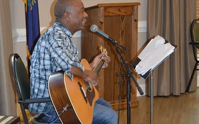 Local Musician Brings Tunes to Morning Pointe Seniors