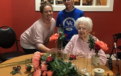 Morning Pointe Residents, Volunteer Create Floral Arrangements for Community