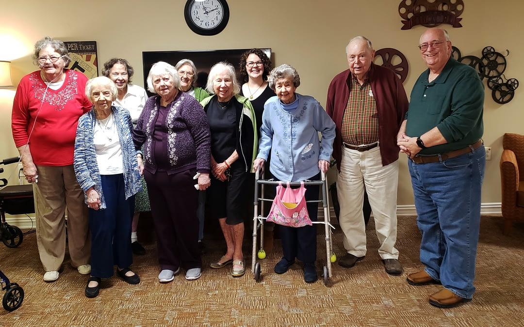 Morning Pointe Residents Celebrate Volunteer for Service Milestone