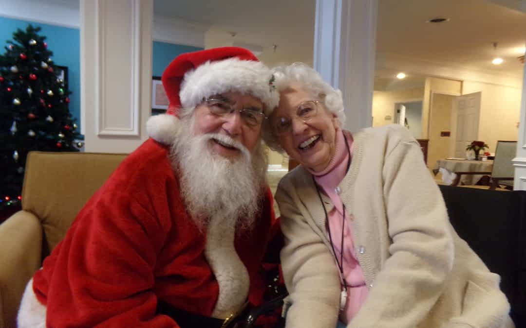 Morning Pointe Seniors Make Christmas Wishes with Santa