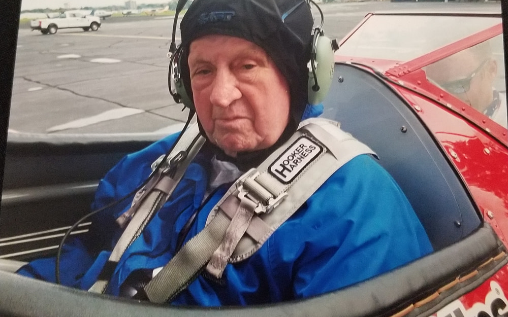 Morning Pointe of Louisville Resident, WWII Veteran Tests the Skies During Dream Flight