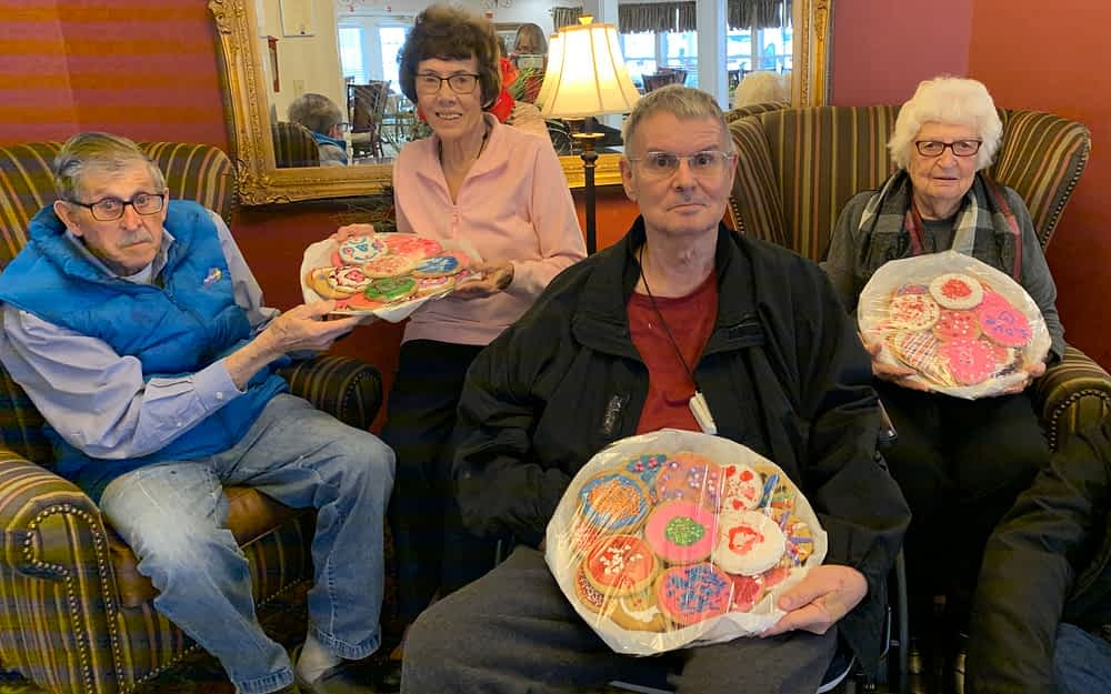 Morning Pointe Delivers Valentine's Cookies to Local First Responders