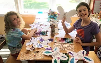 Local Students Gift 80 Handmade Door-Hangers to Morning Pointe