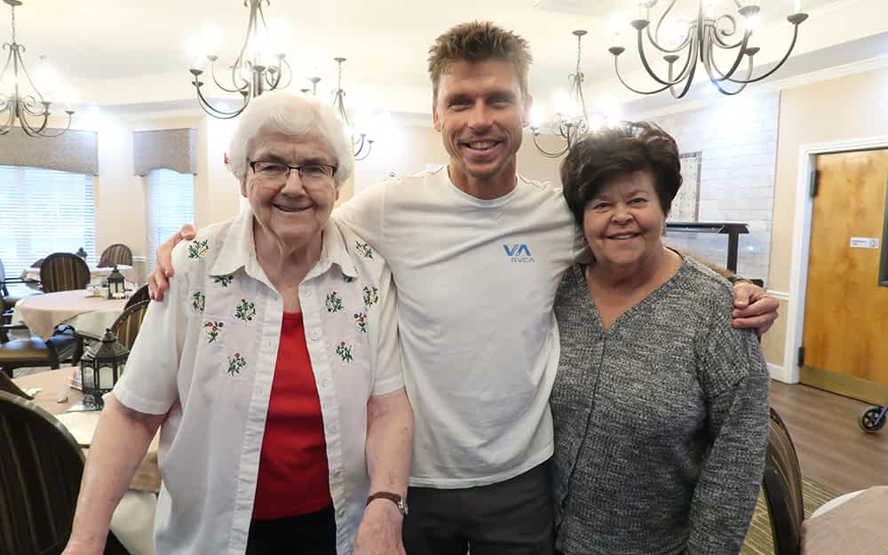 Local Performer Lifts the Spirits of Morning Pointe Residents