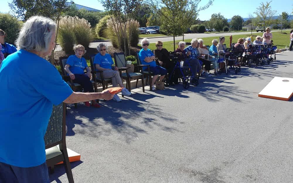 Morning Pointe of Hixson Participates in Cornhole Tournament