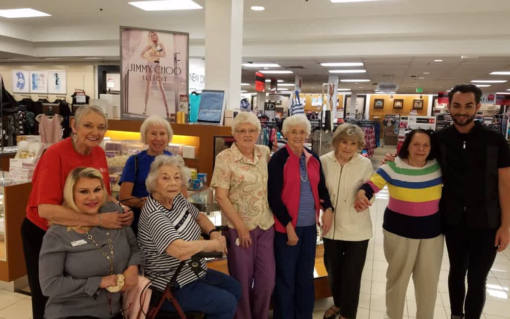 Morning Pointe Residents Enjoy Makeovers and Munchies