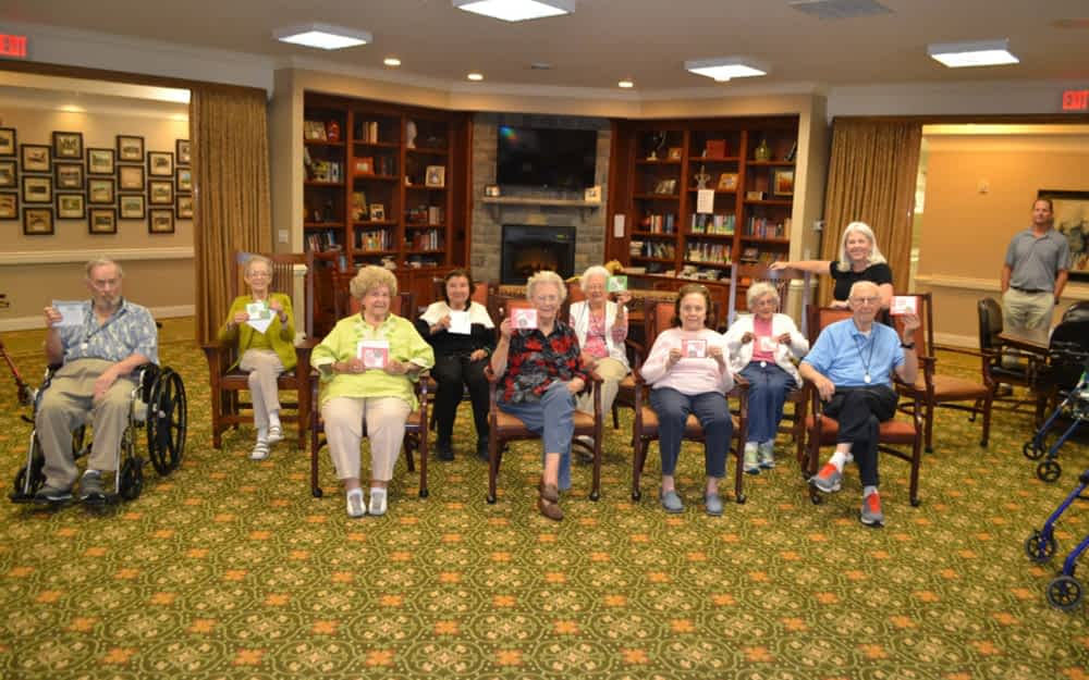 Stamping Enthusiast Creates Greetings with Morning Pointe Seniors