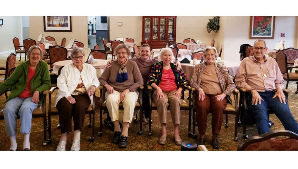 "Volunteer Encourages Morning Pointe Residents to ""Get Moving"" with SilverSneakers Classes"