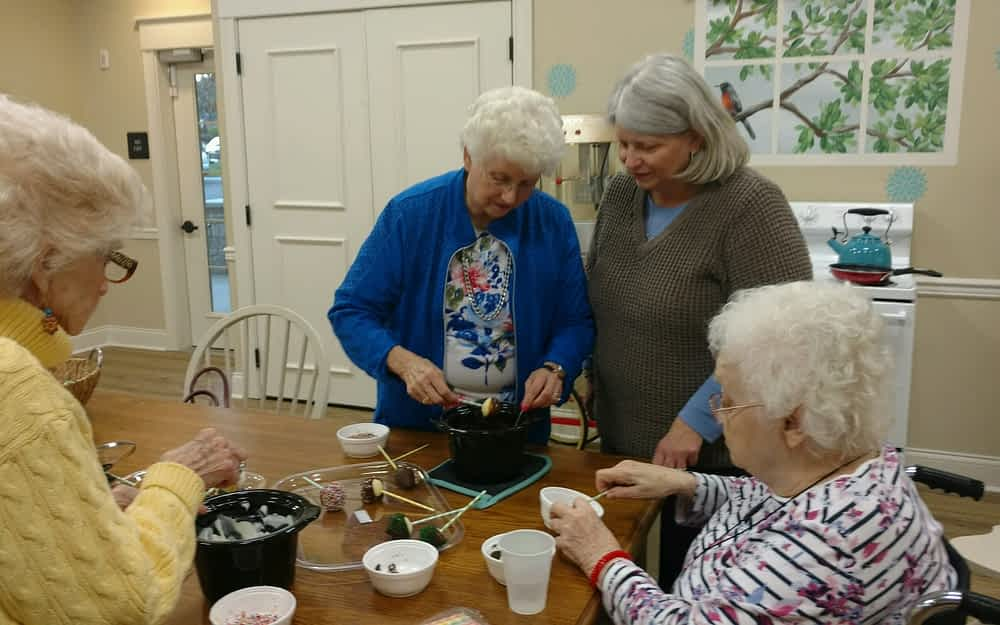 Cooking Club Tempts Taste Buds at Morning Pointe