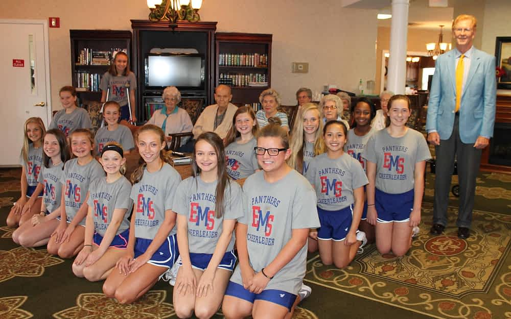 """Morning Pointe Celebrates """"Capturing the Moment"""" During National Assisted Living Week"""
