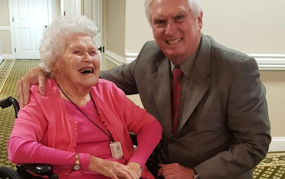 Congressman Duncan Meets Morning Pointe Centenarian