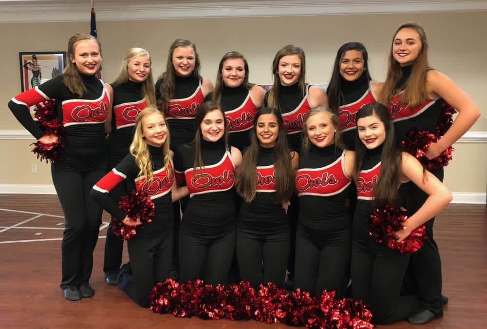Ooltewah's Red Hots Perform at Morning Pointe