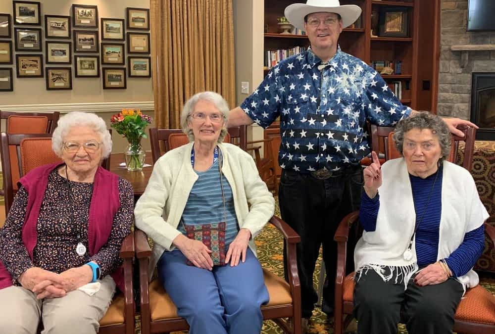 Louisville-Based Performer Entertains Morning Pointe Residents with Classic Country Hits