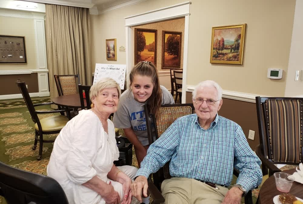 Independence High School Volunteer Captures Morning Pointe Residents' Stories with Camera