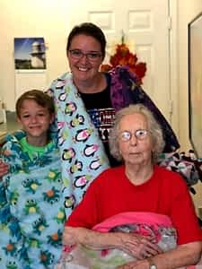 Choateville Christian Sends Cozy Blankets to Morning Pointe FRANKFORT, KY -- A warm, fuzzy gift of kindness was in store for Morning Pointe of Frankfort residents. Members of Choateville Christian Church's VBS Youth Group made burr blankets for the seniors at the personal care community, with compassion lovingly stitched into each. Morning Pointe invites churches and faith-based organizations to enjoy fun and fellowship with the residents as part of the life enrichment program.