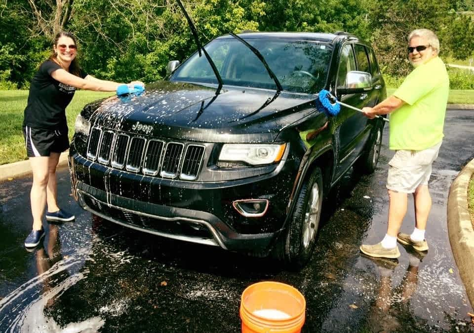 """Morning Pointe Hosts a """"Car Wash for A Cure"""" to Benefit the Alzheimer's Association"""