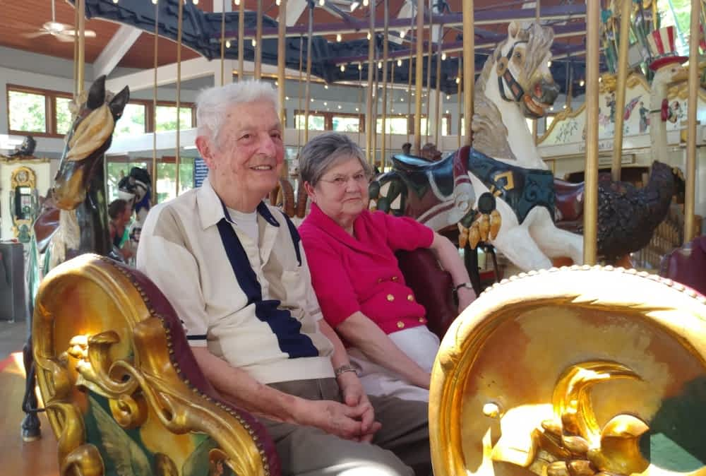 Morning Pointe Residents Visit Coolidge Park Carousel