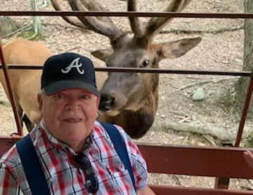 Morning Pointe of Greeneville Visits the Animals at Briarwood Ranch Safari Park