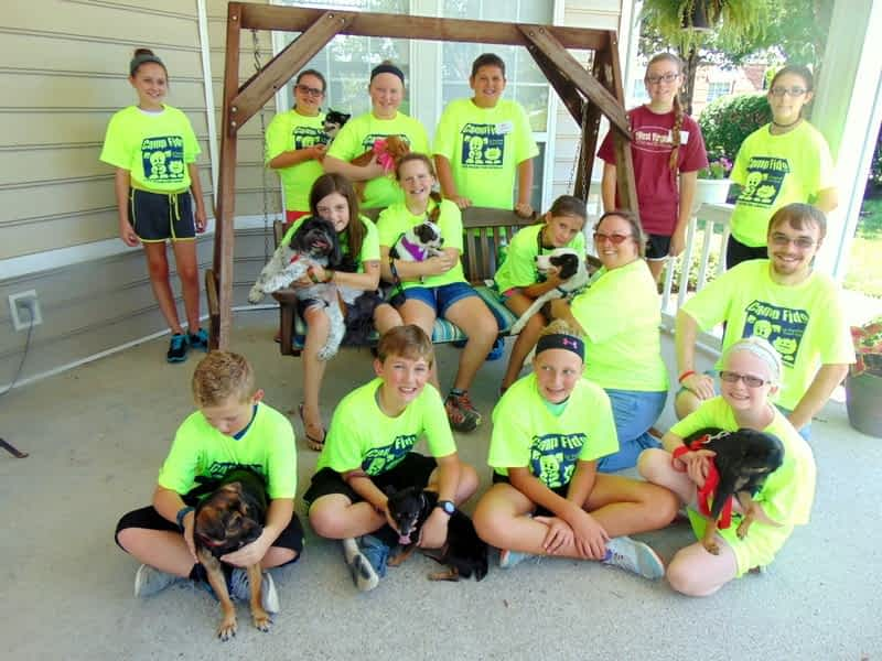 Campers Bring Four-Legged Friends to Morning Pointe