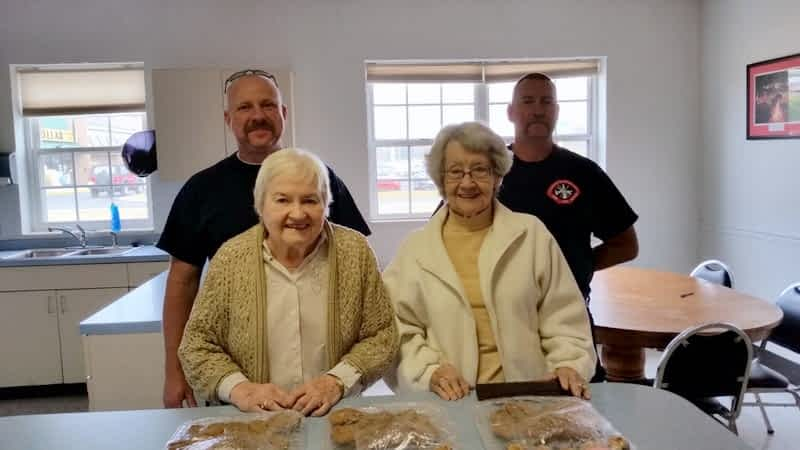 Morning Pointe Delivers Cookies to Clinton City Firefighters