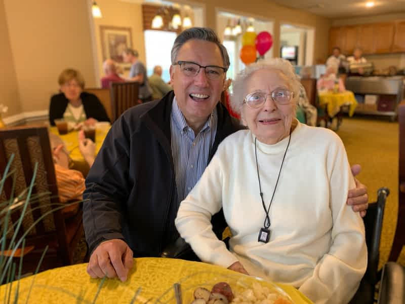Morning Pointe President Meets Building's Oldest Resident at St. Patrick's Day Luncheon