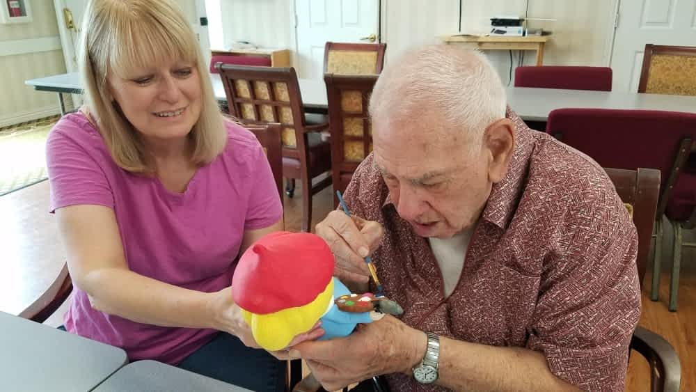 Morning Pointe Paints Ceramics for Johnson County Fair