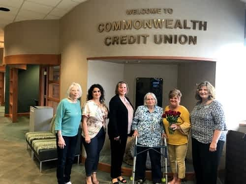 Morning Pointe Residents Shower Local Bank with Flowers