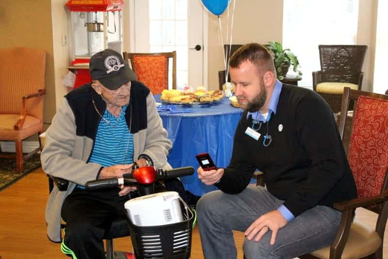 Morning Pointe, AT&T Partner to Connect Seniors to Technology