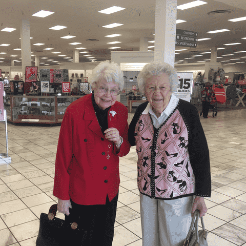 Morning Pointe Seniors Browse Latest Belk Fashions