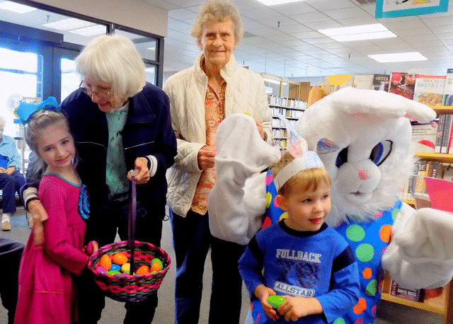 Morning Pointe Residents Read Easter Stories at Collegedale Library