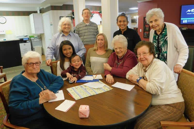 Volunteer Hosts Monthly Bunco Party at Morning Pointe