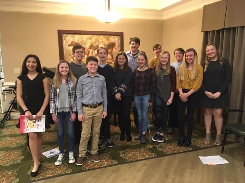 Crosby Middle Piano Students Perform at Morning Pointe