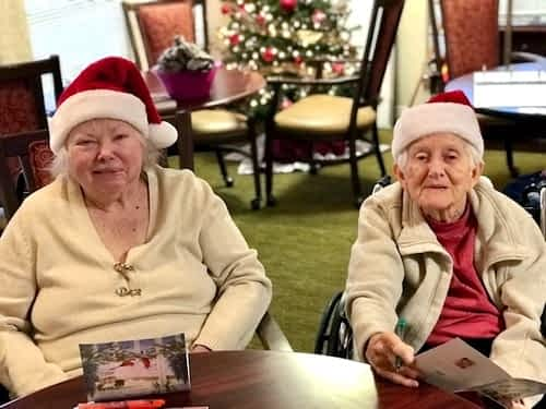 Morning Pointe Residents Spread Christmas Cheer with Handwritten Cards