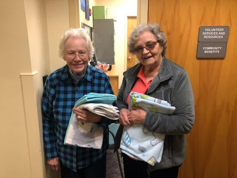Morning Pointe Residents Donate Handmade Baby Blankets to East Tennessee Children's Hospital