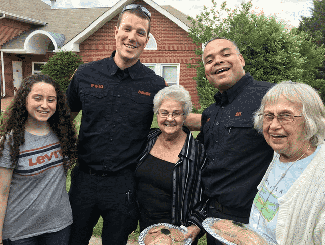 Morning Pointe Residents Bake Cookies for First Responders