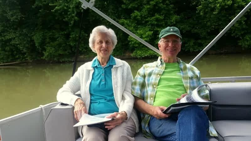 Morning Pointe Residents Enjoy Coasting the Kentucky River