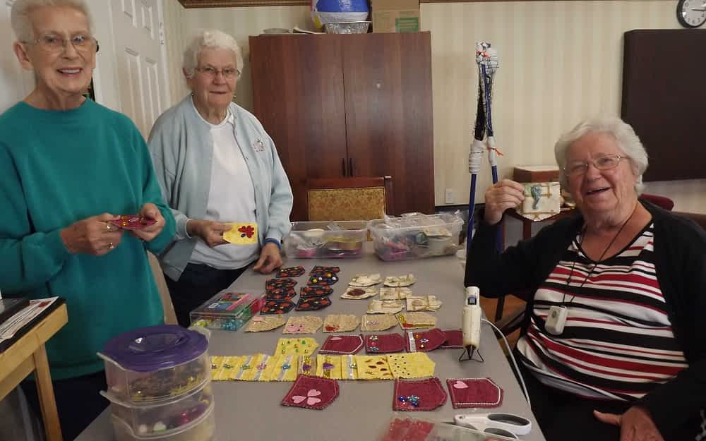 """Johnson County Senior Services Prepares for """"Chair Affair"""" With Help From Morning Pointe"""