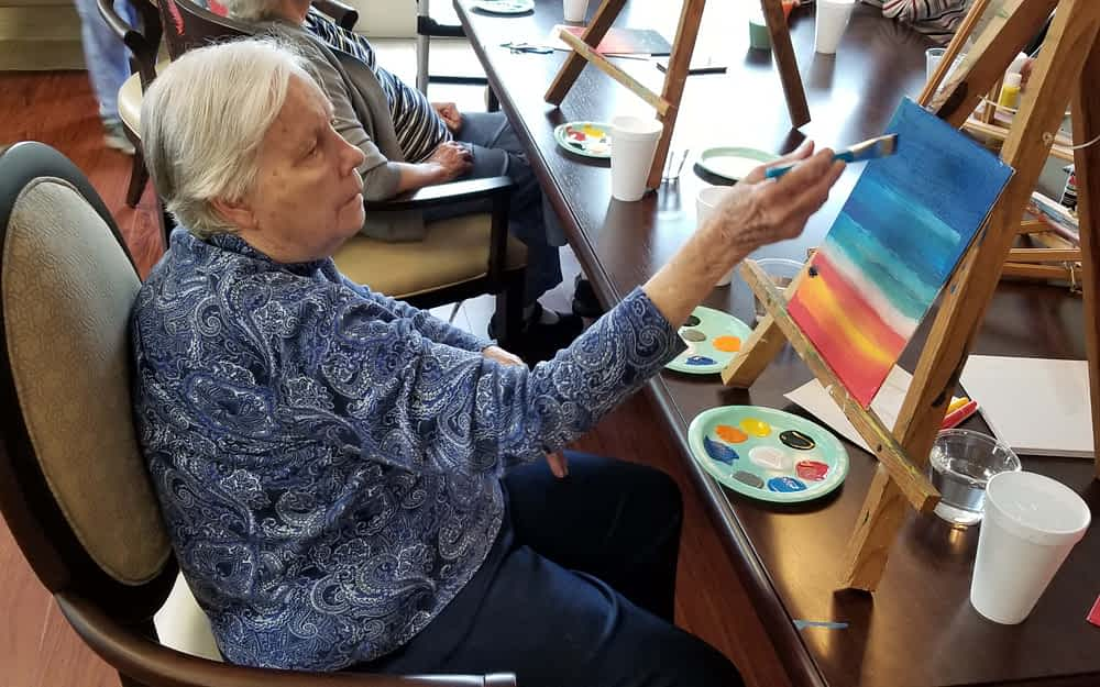 Morning Pointe Residents Participate in Art Therapy