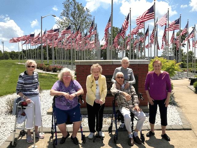 Morning Pointe Residents Make Memorial Day Memories
