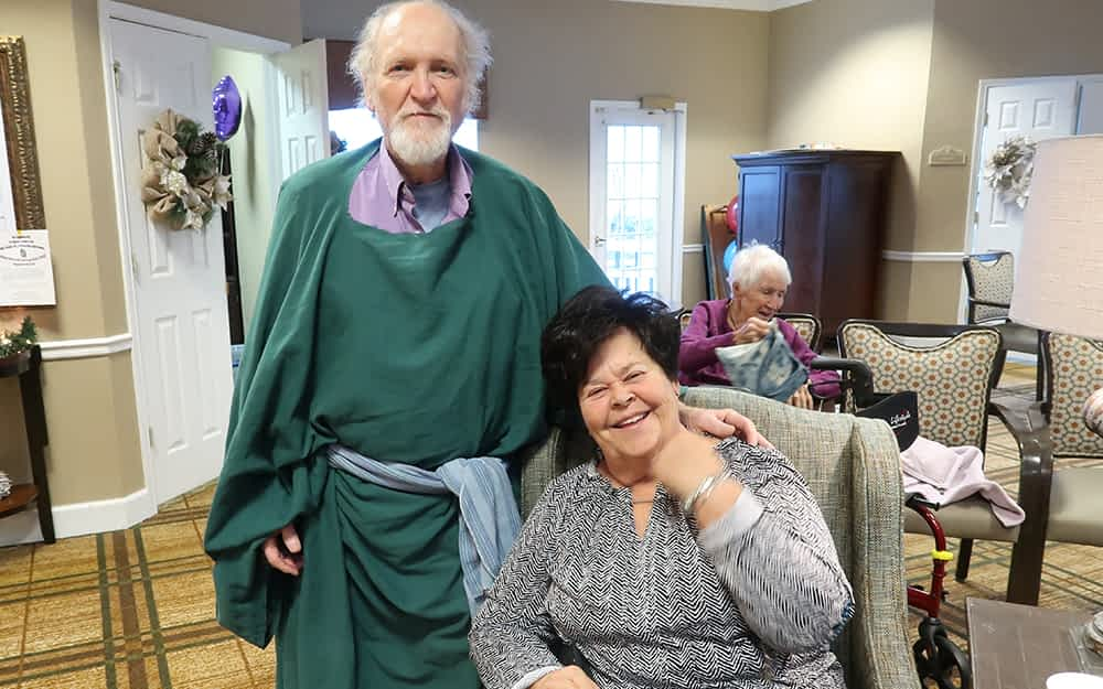 Volunteer Gives Monthly Educational Presentation for Morning Pointe Residents