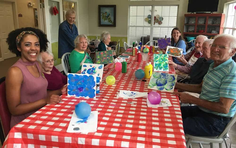 Retired Art Teacher Brings Art Therapy to Morning Pointe