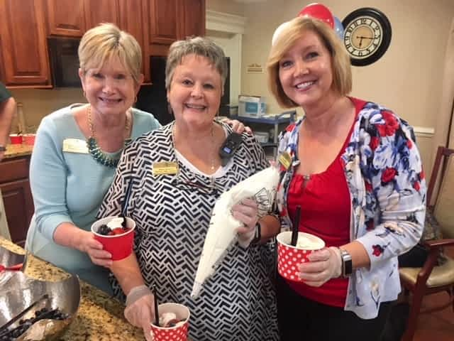Morning Pointe Residents Show off Patriotic Pride for Family Night