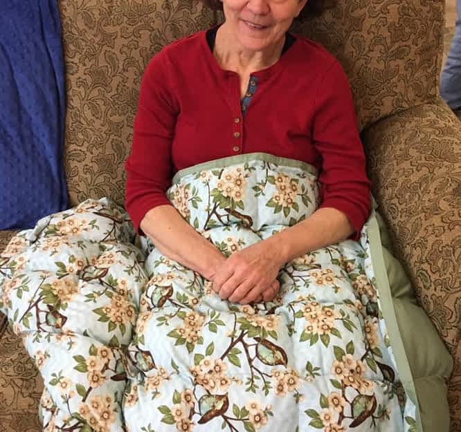 Specialty Blankets Bring Benefits to Morning Pointe Residents