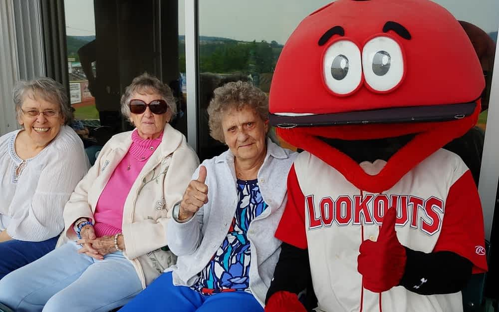 Morning Pointe Residents Root for the Home Team at Lookouts Game